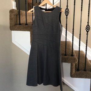 Stunning grey classic dress!